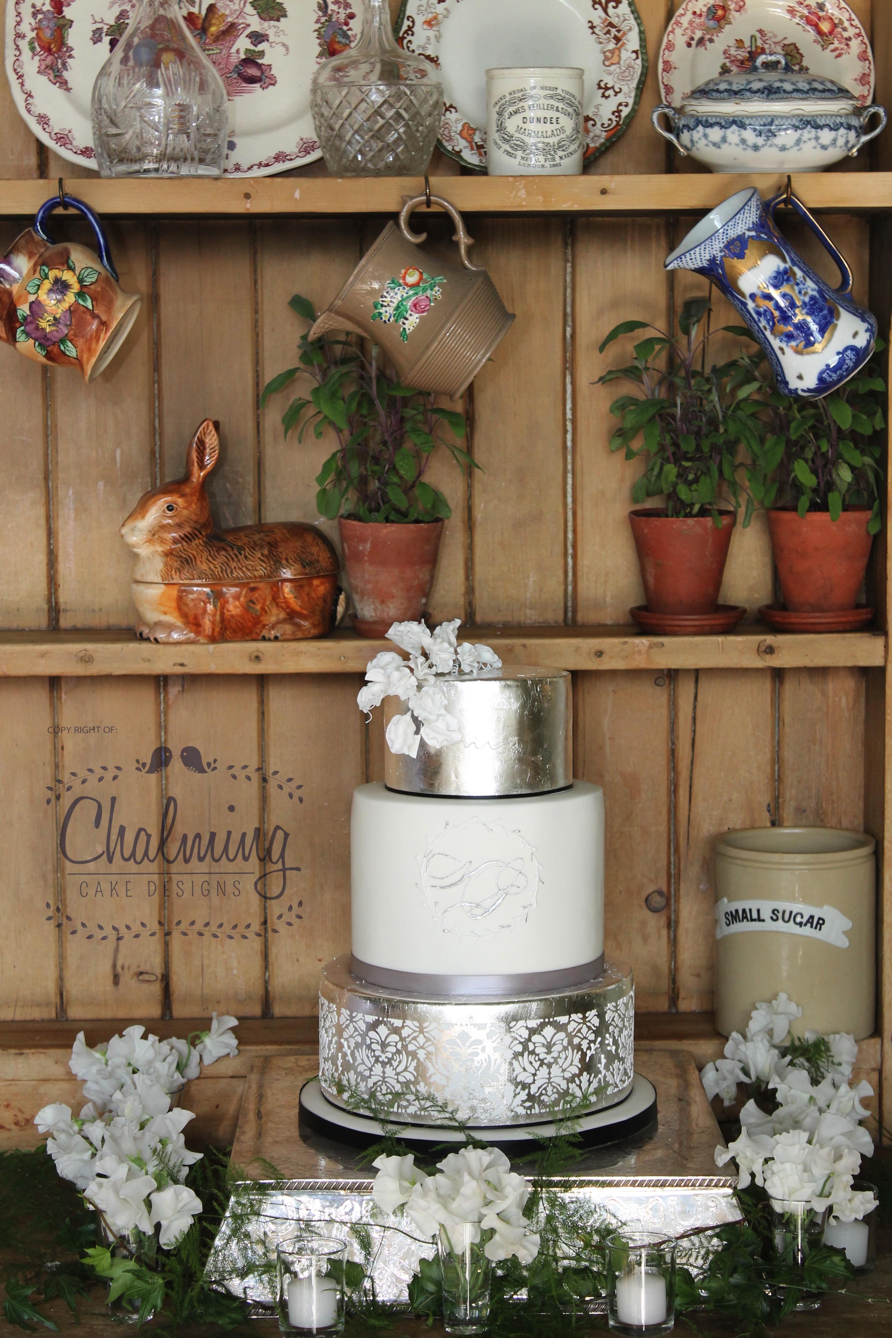 Elegant Black tie Wedding Cake – March 2015
